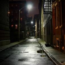 Dark-Alley-ipad-wallpaper-ilikewallpaper_com